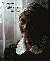 bokomslag Kvinnor i väglöst land